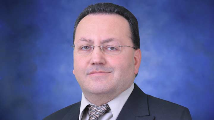 Dr. Farbod Fahimi