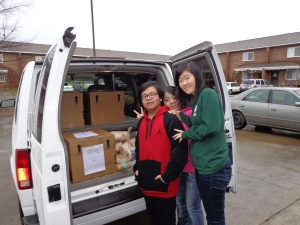 Students Deliver Christmas Boxes