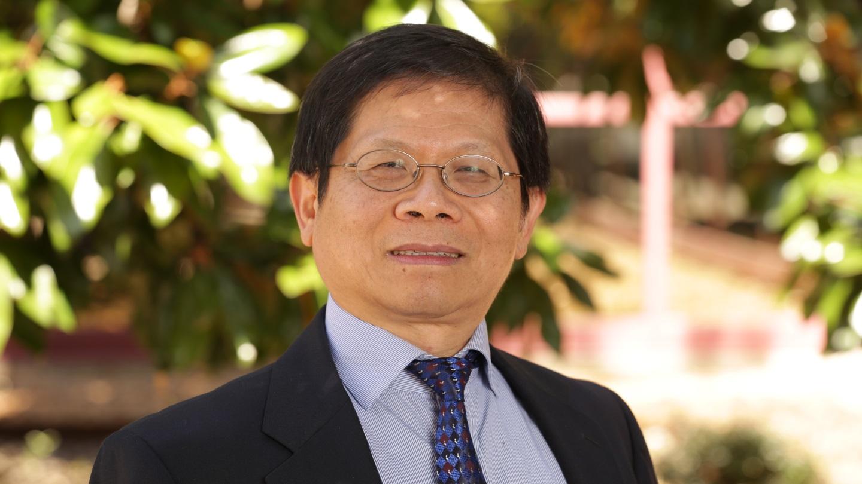 Dr. Fan Tseng