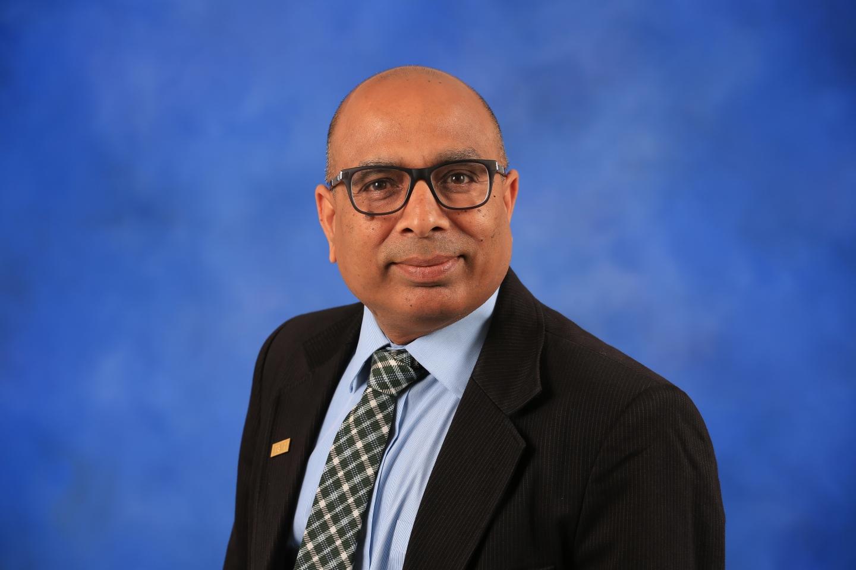 Dr. Ravi Patnayakuni