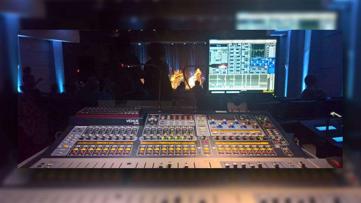 audio-visual-station