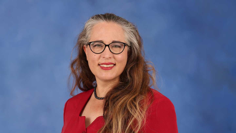 Dr. Alisa Henrie