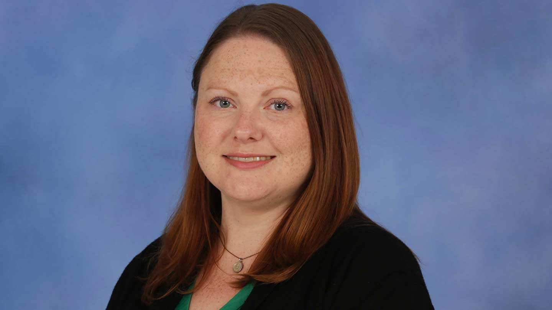 Dr. Laura Senn