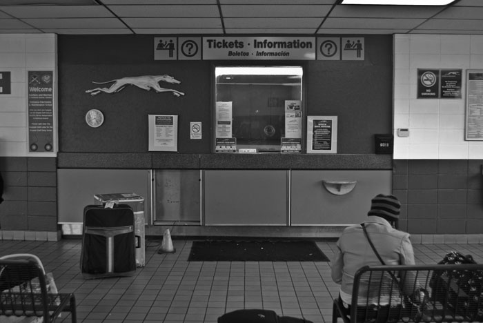 picture of a Greyhound bus station