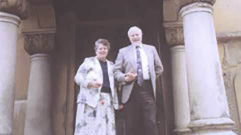 Dr. ..  McCollum și soția sa, Barbara McCollum, București.