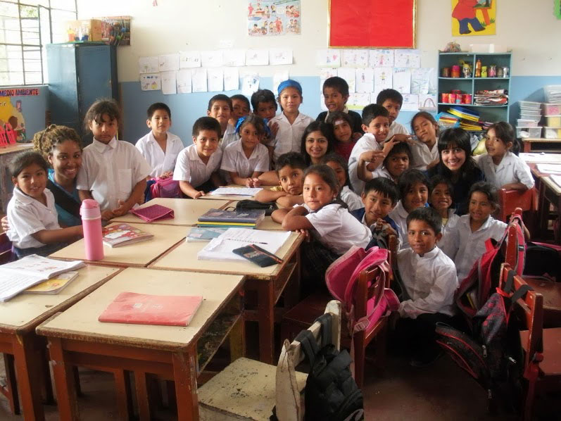 picture of children sitting in a classroom