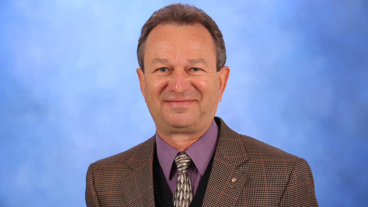 Dr. Vladimir Kolobov, Photo by Michael Mercier of UAH